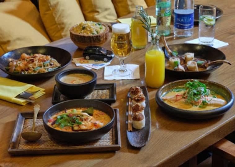 ארוחה רומנטית במסעדת ניטן תאי. צילום
