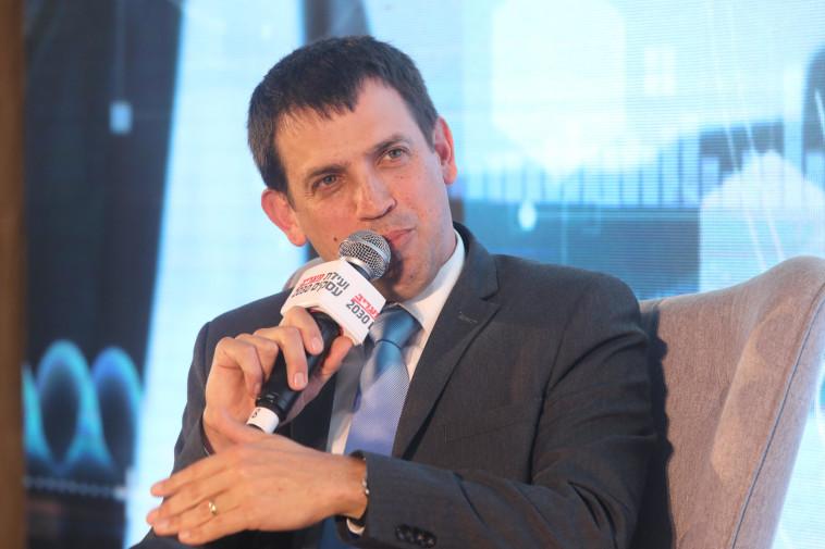 שאול מרידור בוועידת העסקים של מעריב (צילום: מרק ישראל סלם)