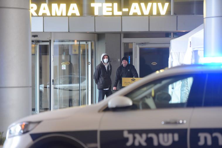 קורונה: מלון דן פנורמה בתל אביב נערך לקליטת חולים (צילום: אבשלום ששוני)