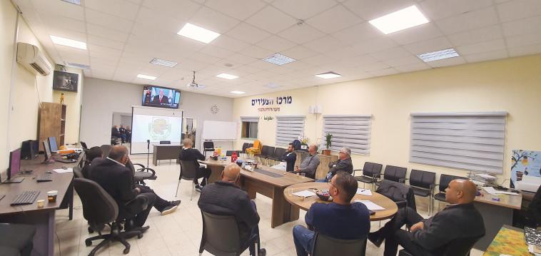 ועדת ההיגוי באלבטוף (צילום: סמיר אלקיים)