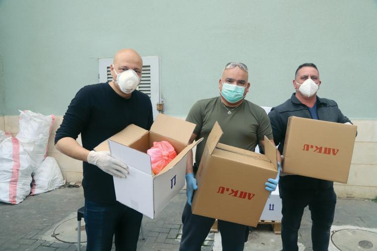 מפעל הפיס - עזרה בימי קורונה  (צילום: איקי מימון)