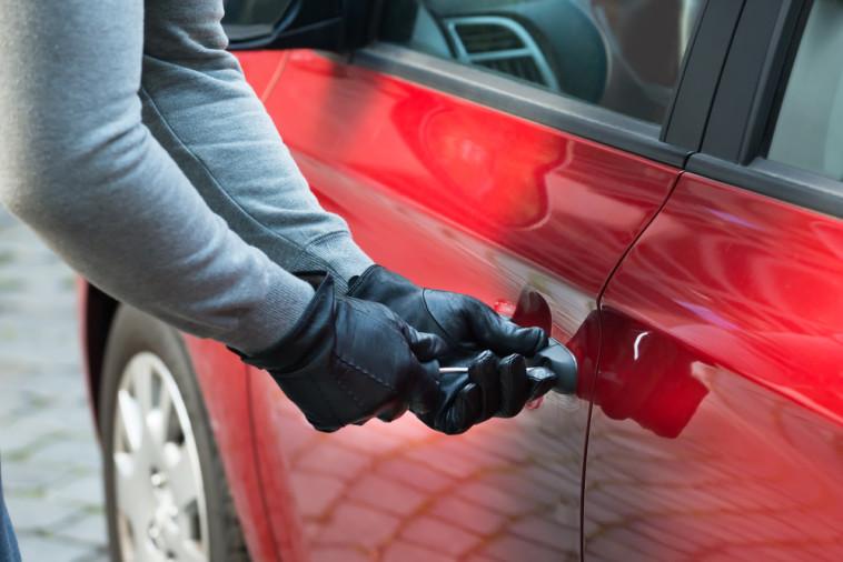גניבת רכב (צילום: Shutterstock)