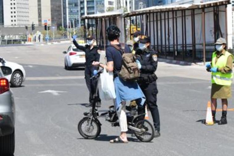 אלפי שוטרים פרוסים ברחבי הארץ (צילום: אבשלום ששוני)