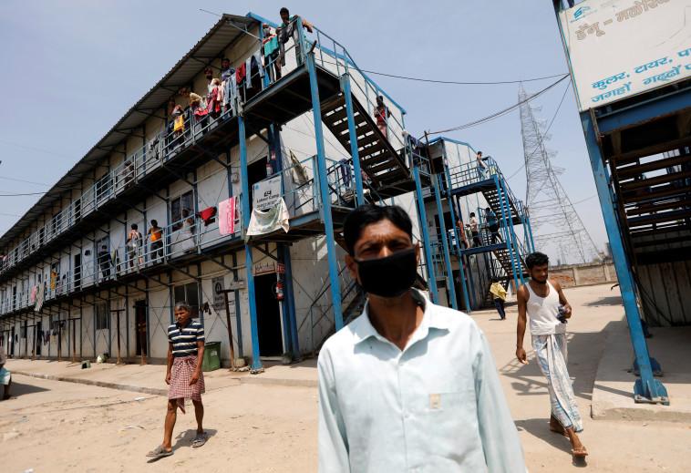 קורונה בהודו (צילום: REUTERS/Adnan Abidi)