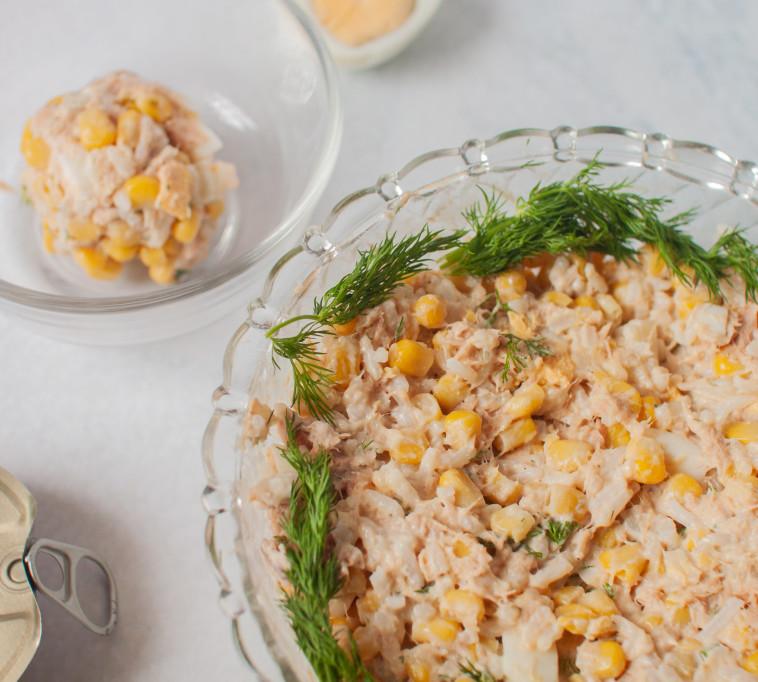 סלט שימורים ואורז (צילום: ליליה ויינרוט)