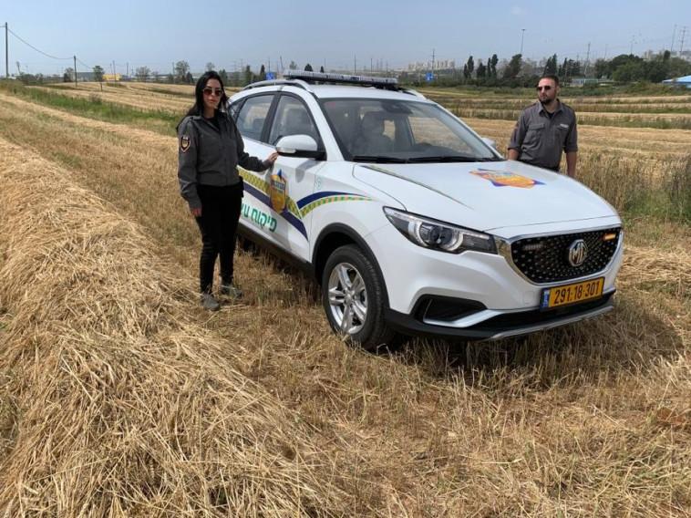 רכב הפיקוח החשמלי הראשון בישראל (צילום: החברה לביטחון ראשון לציון)