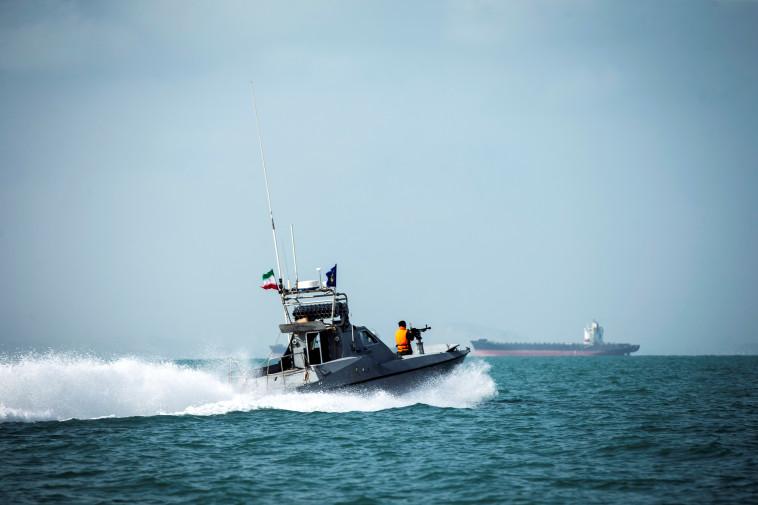 ספינת משמרות המהפכה באיראן  (צילום: Nazanin Tabatabaee/WANA (West Asia News Agency) via REUTERS)