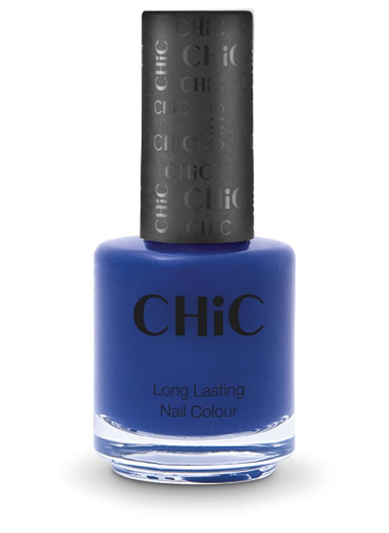 לק כחול/לבן - CHIC (צילום: יח''צ)