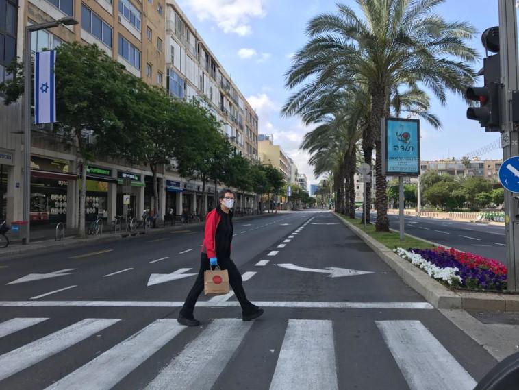 יום העצמאות 2020: רחובות ת''א ריקים בשל מגיפת הקורונה (צילום: אבשלום ששוני)
