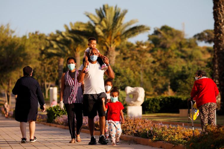 קורונה בישראל  (צילום: REUTERS/Amir Cohen)
