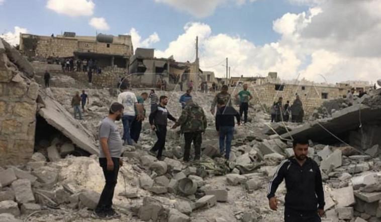 אזור התקיפה בסוריה (צילום: רשתות ערביות)