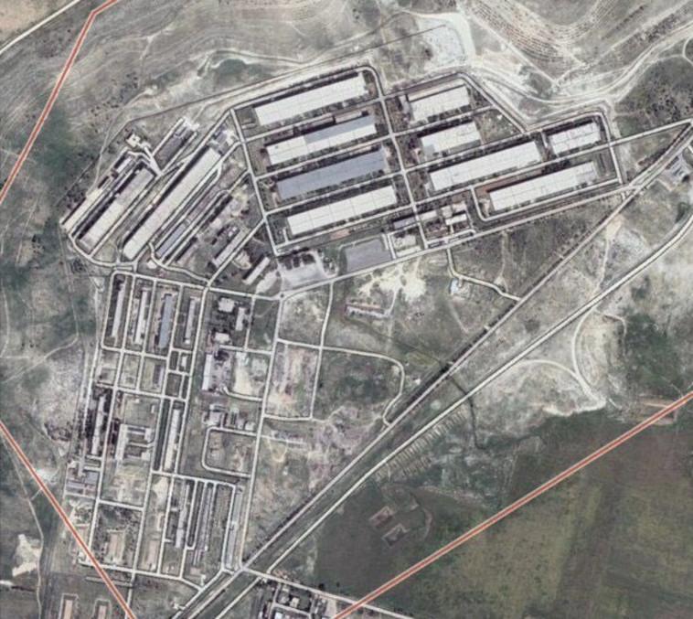 יעד התקיפה בסוריה (צילום: רשתות ערביות)