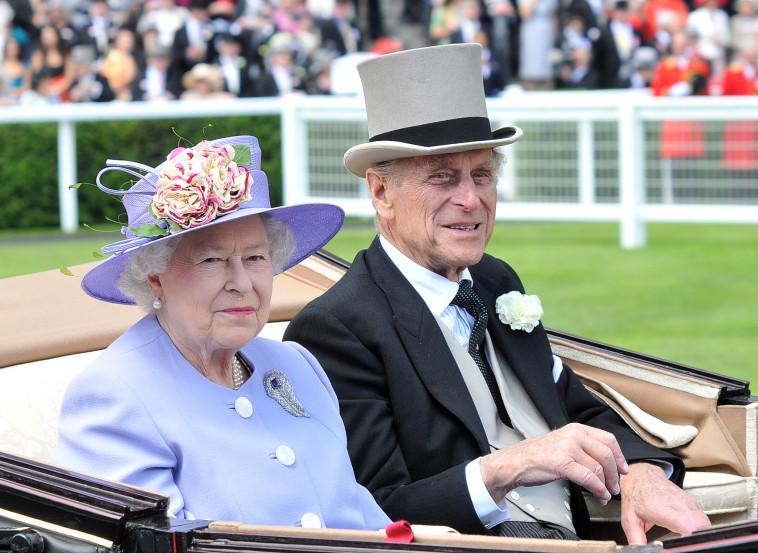 המלכה אליזבת, הנסיך פיליפ (צילום: Stuart Wilson/Getty Images)