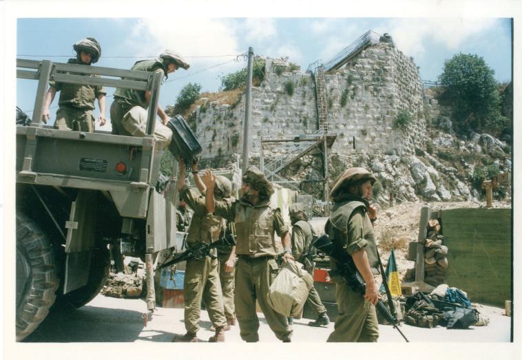 מוצב הבופור, 1997 (צילום: חיים אזולאי)