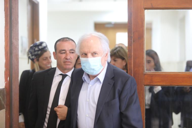 שאול אלוביץ' בבית המשפט (צילום: מרק ישראל סלם)
