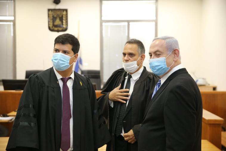 בנימין נתניהו בבית המשפט (צילום: עמית שאבי, פול)