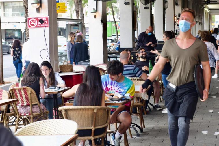 פתיחת המסעדות (צילום: אבשלום ששוני)