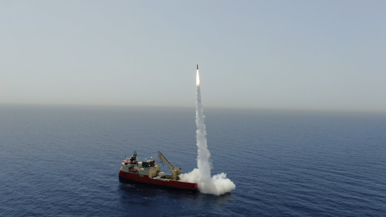 ניסוי במערכת טיל לורה  (צילום: התעשייה האווירית)
