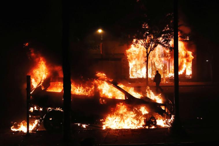 מהומות בארה''ב - מיניאפוליס (צילום: REUTERS/Lucas Jackson)