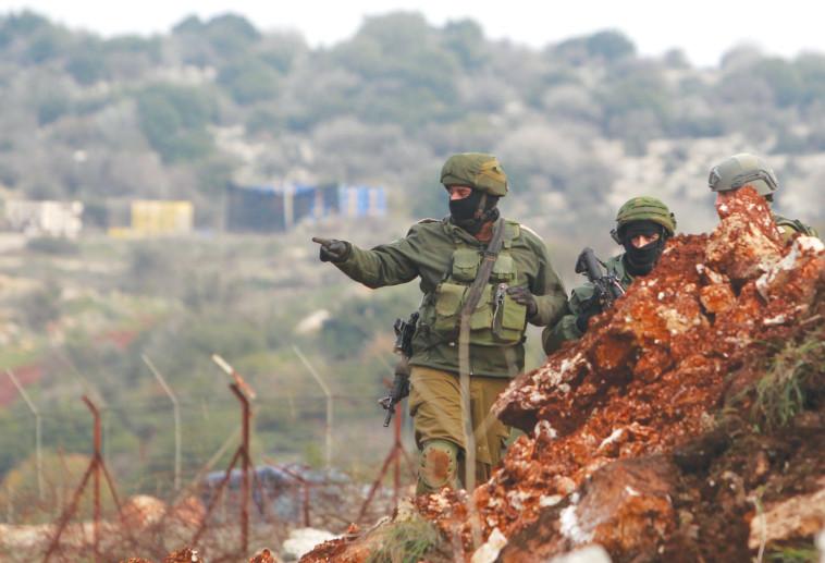 כוחות צה''ל בגבול הצפון (צילום: רויטרס)