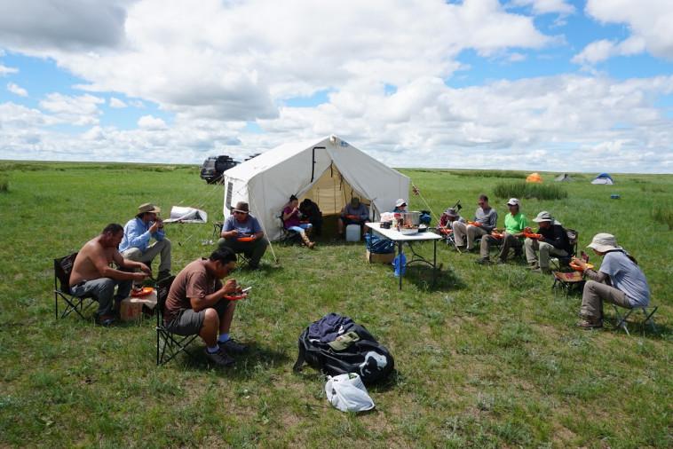 החפירות האריכיאולוגיות במונגוליה (צילום: נחם דורון, באדיבות האוניברסיטה העברית)