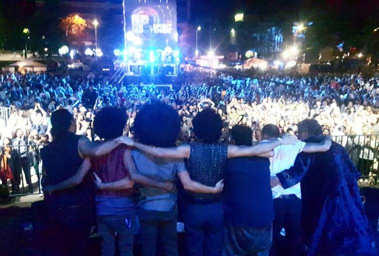 להקת ''רבע לאפריקה'' בפסטיבלים (צילום: יח''צ)