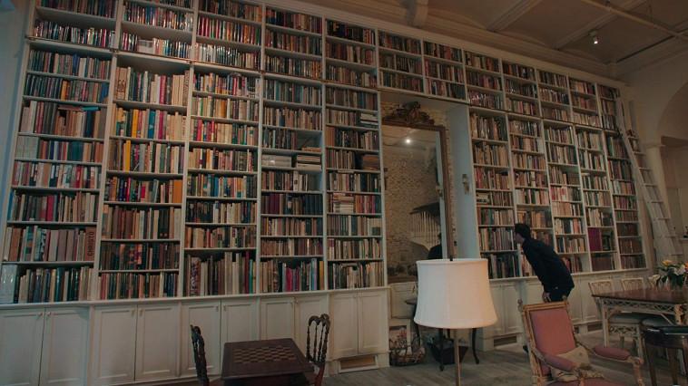 מתוך: ''מוכרי הספרים'' (צילום: באדיבות סלקום TV)