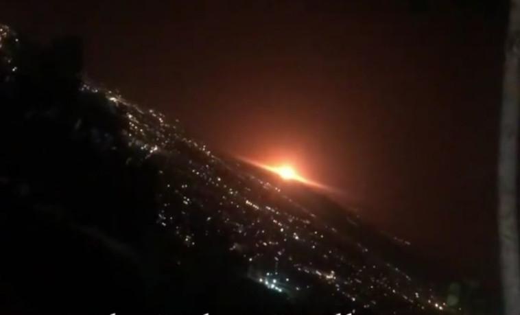 איראן: פיצוץ גדול מזרחית לטהרן (צילום: צילום מסך טוויטר)