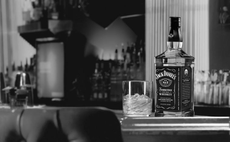 וויסקי אמריקאי בשחור לבן  (צילום: יח''צ)