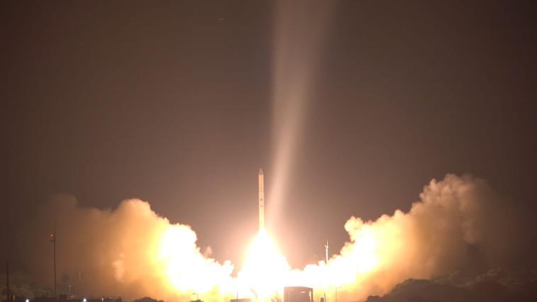 שיגור לוויין אופק 16 (צילום: אגף דוברות והסברה, משרד הביטחון)