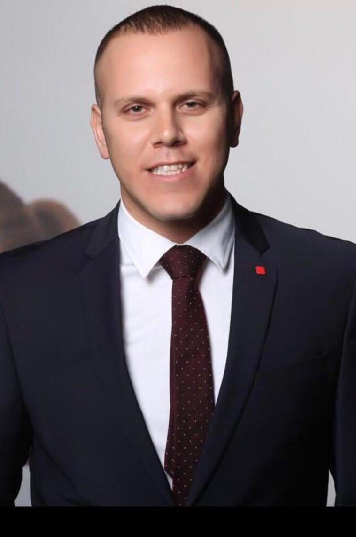אסף אזולאי, מנהל מטה שיווק בנק הפועלים (צילום: לנס הפקות)