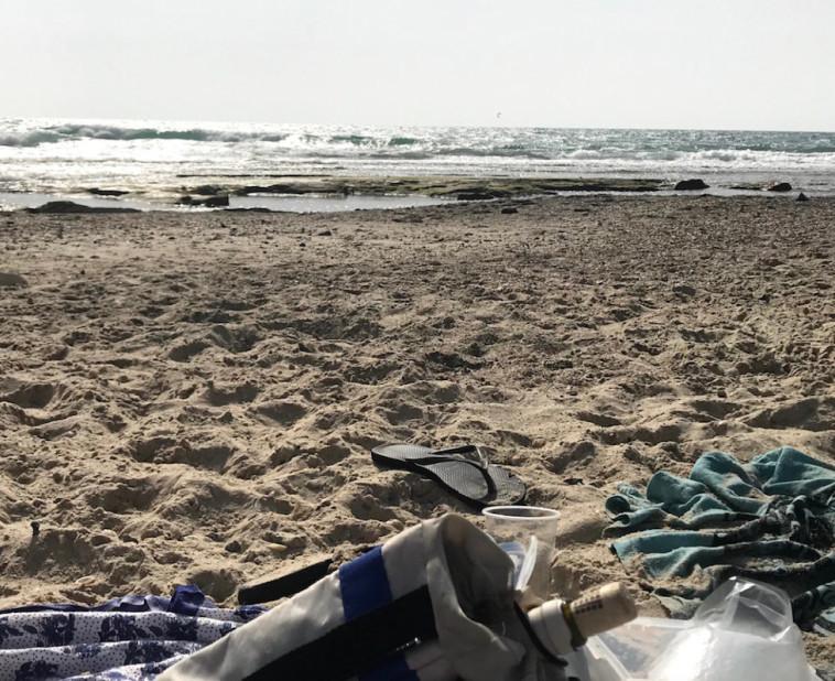 יין על החוף  (צילום: טליה לוין)