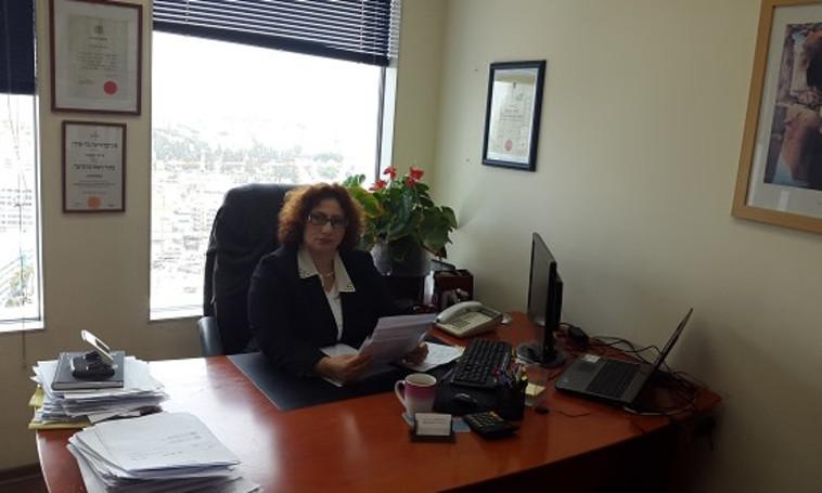 עורכת הדין עדנה סעאתי (צילום: משרד עו''ד עדנה סעאתי)