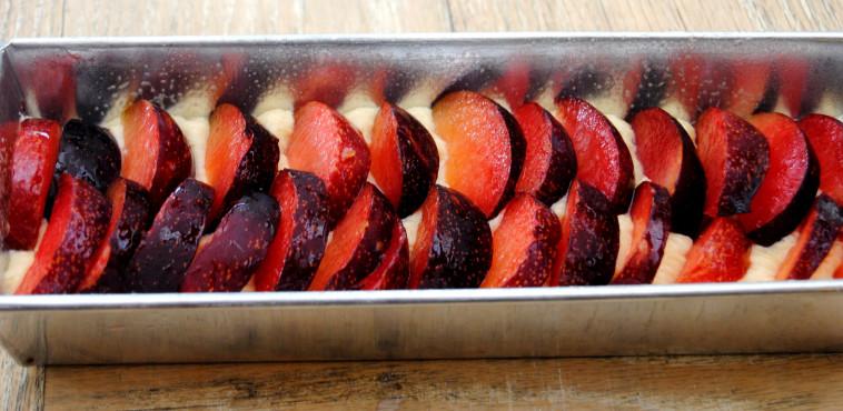 עוגת שזיפים (צילום: אנטולי מיכאלו, מתוך הספר ''העוגות של פסקל'')