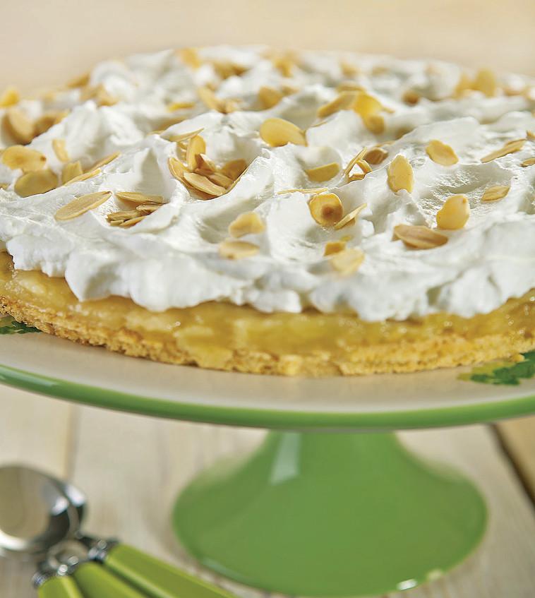 עוגת קצפת ותפוחים (צילום: אנטולי מיכאלו, מתוך הספר ''העוגות של פסקל'')