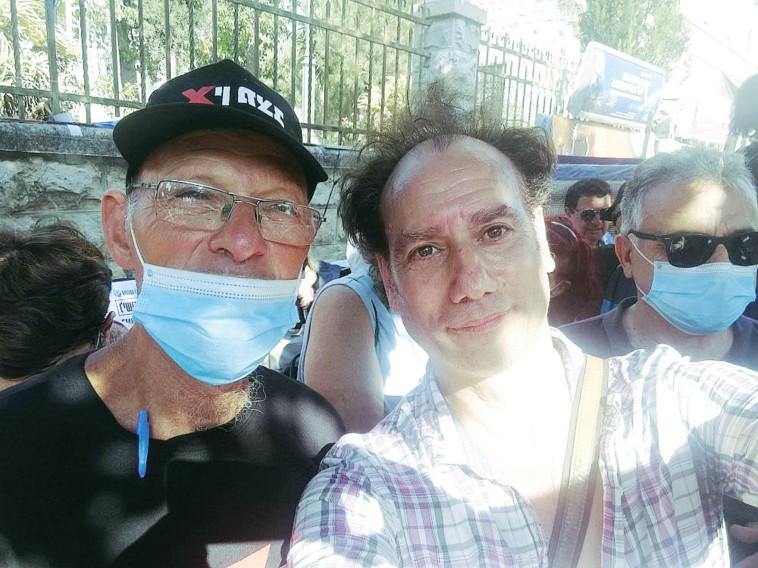 תומר שרון בהפגנה (צילום: צילום פרטי)