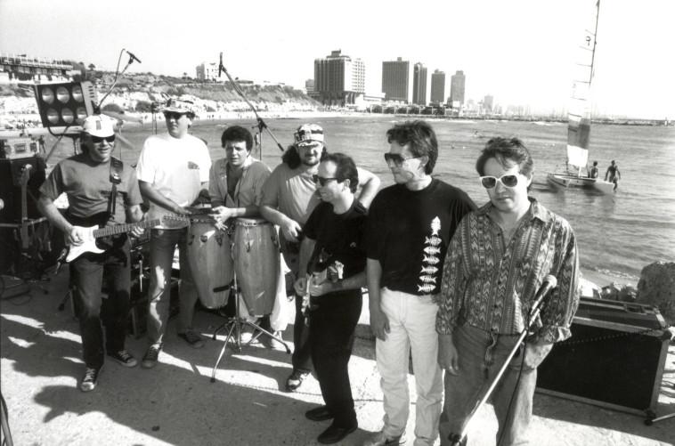 כוורת בשנת 1990 (צילום: נאור רהב)