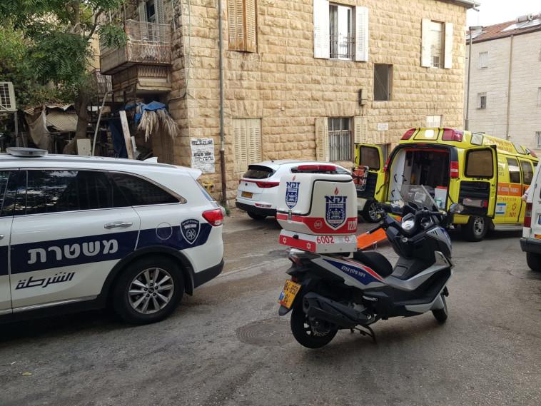 זירת השריפה בירושלים (צילום: תיעוד מבצעי מד''א)