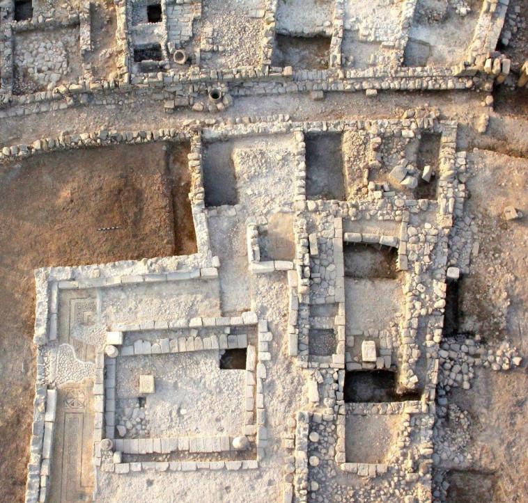 בית הכנסת העתיק במגדלא (צילום: מרכז תיירות מגדלה)