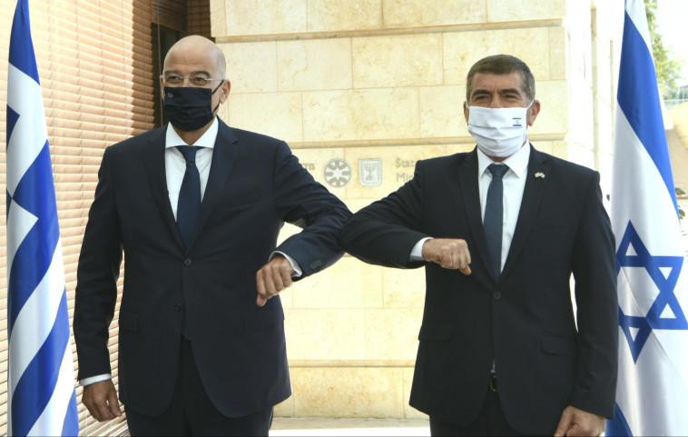 אשכנזי ודנידיאס, היום (צילום: משרד החוץ)