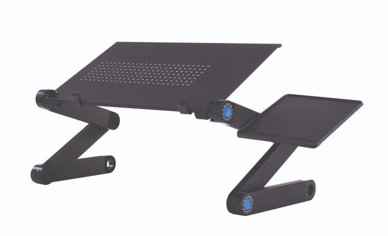 שולחן מתכוונן למחשב נייד ברשת קרביץ (צילום: יחצ)