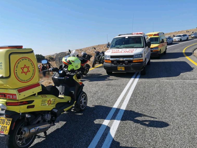תאונת דרכים קטלנית בכביש הצפון (צילום: תיעוד מבצעי מד''א)