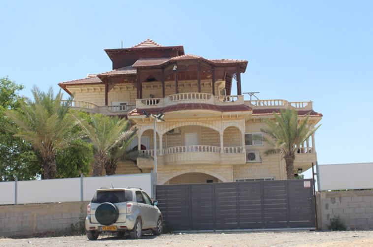 בית במועצה האזורית אבו בסמה (צילום: תנועת רגבים)