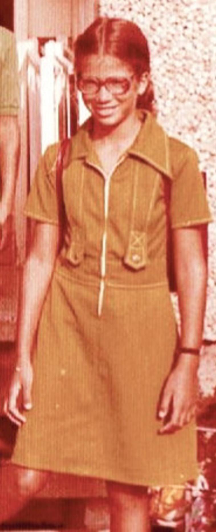 אורית לביא נשיאל כילדה (צילום: פרטי)