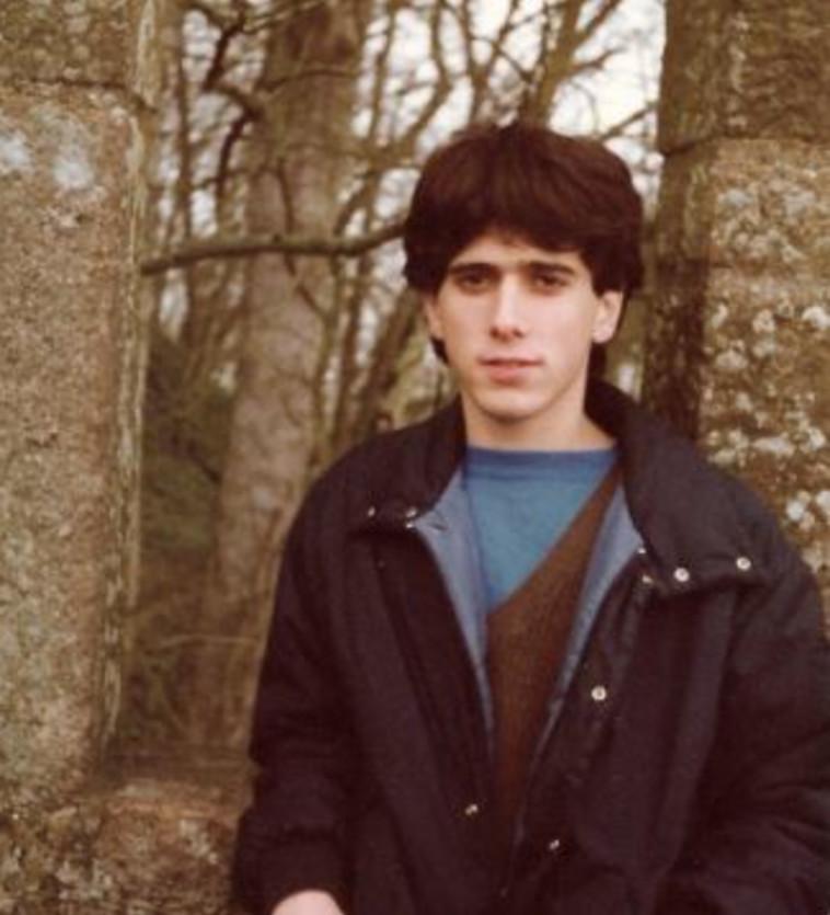אייל לוי בצעירותו (צילום: אלבום פרטי)