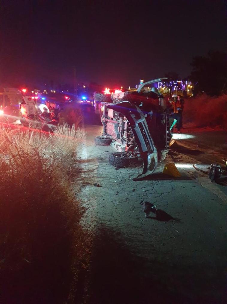 תיעוד מזירת התאונה בבאר שבע (צילום: כבאות והצלה מחוז דרום)
