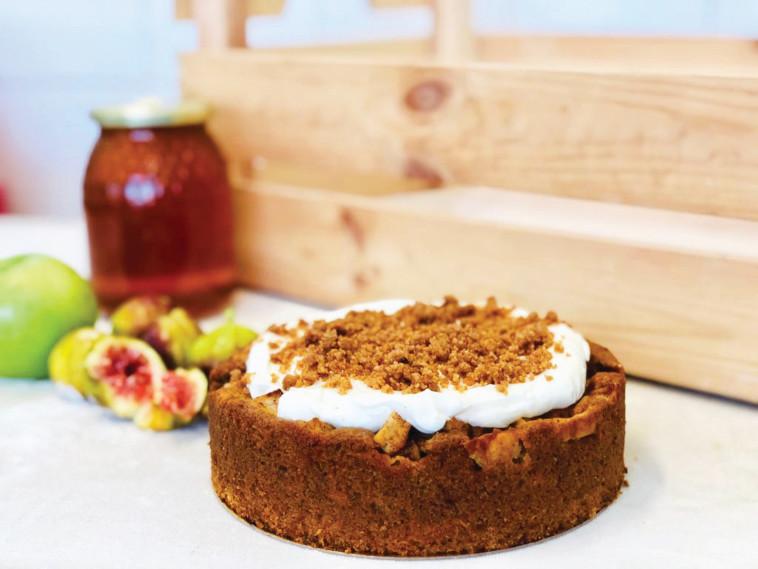 נורנדיניו - עוגת גזר, תפוחים וקרם שמנת  (צילום: חיים דוד)