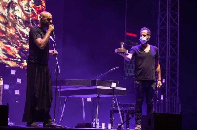 חוגגים 43 לרייכל על הבמה (צילום: מרוה שרון)