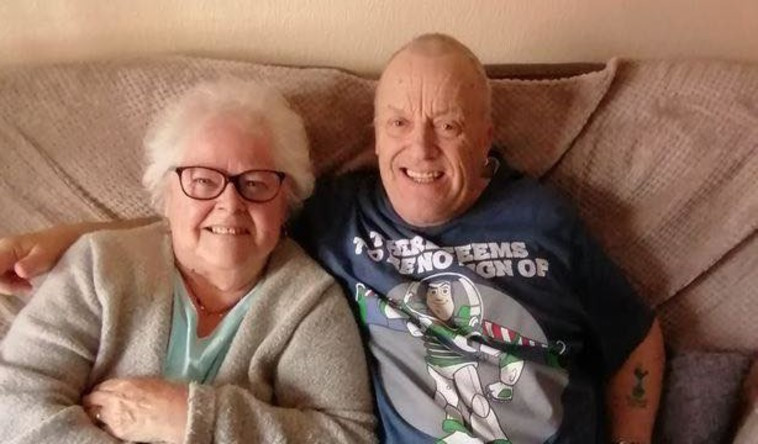 קלייב וברנדה, הזוג המאושר (צילום: רשתות חברתיות)