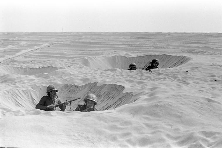 מלחמת יום הכיפורים - כוחות צה''ל בסיני (צילום: רון אילן, לע''מ)